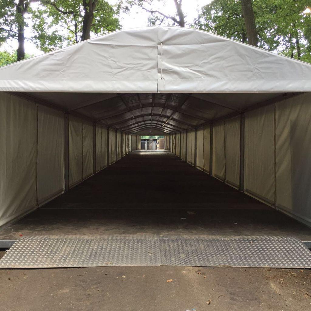 AluHal 5 meter Walkway Huren of Kopen? MAX Tenten